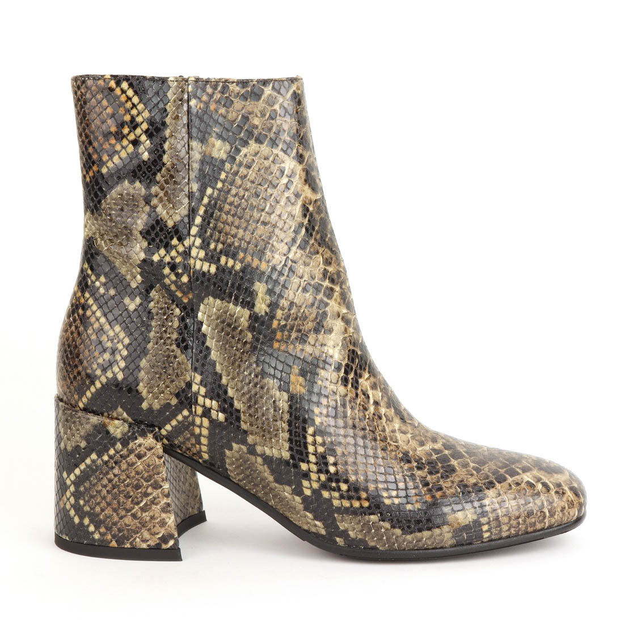 5a45e17be61 Via Vai Amelia Catch 5101101-00-005 order online   Oxener Shoes